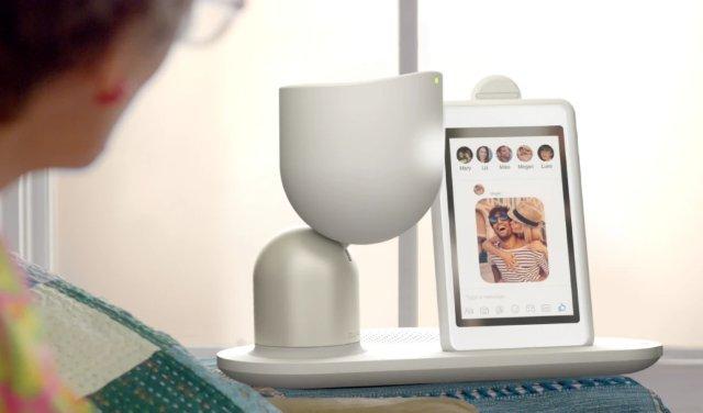 Intuition Robotics представила социального робота-компаньона ElliQ, предназначенного для пожилых людей