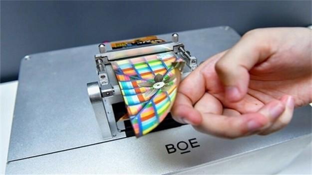 Китайский производитель отобрал у Samsung 11 % рынка гибких AMOLED