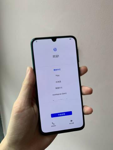 Huawei Nova 5 Pro показался на живых фото