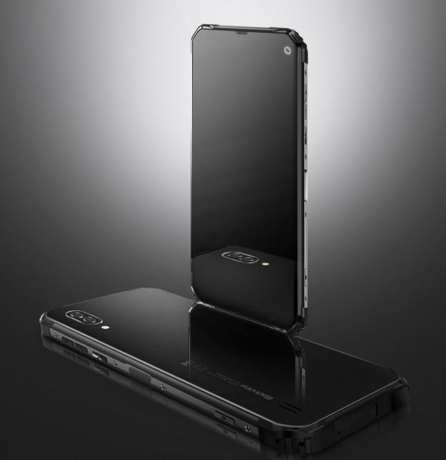Смартфон Blackview BV6100 в защищенном корпусе и тыльной стеклянной крышкой в продаже через 3 дня. Станет ли он хитом?