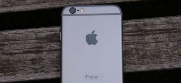Видео дня: iPhone 6, загоревшийся в руках американской девочки