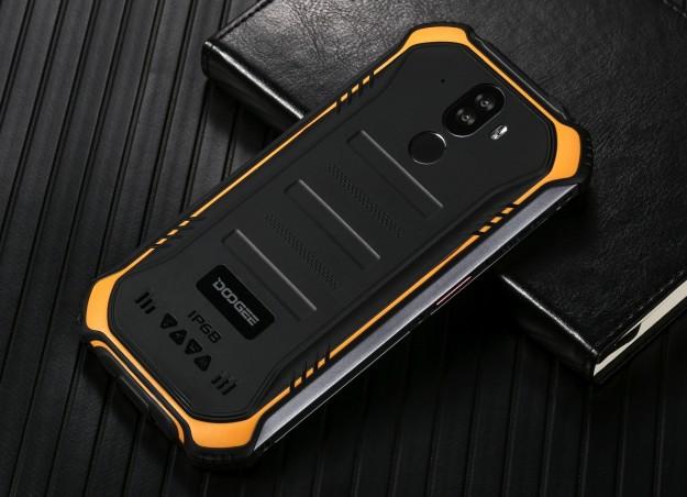 Старт продаж модульного DOOGEE S90 Pro и противоударного смартфона с NFC –S40