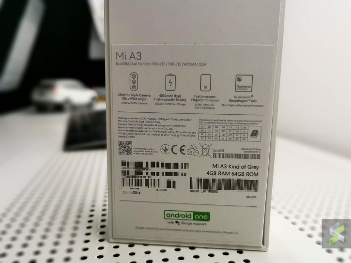 Живые фото «как бы серого» Xiaomi Mi A3 со всех сторон