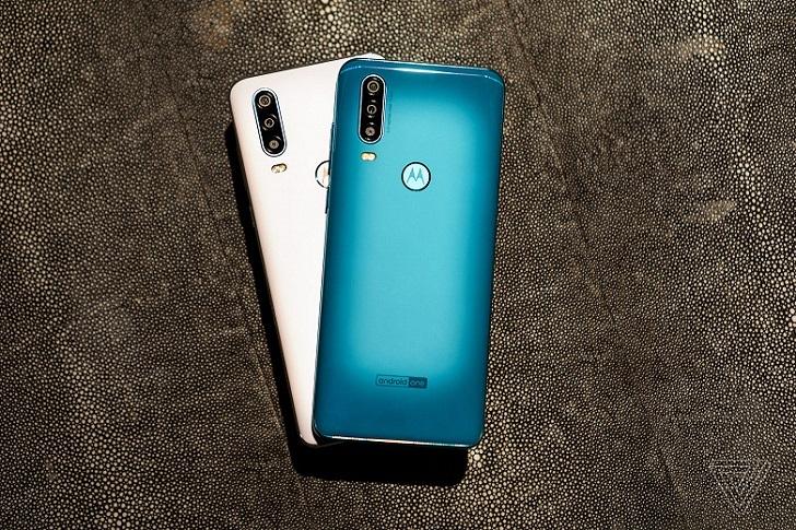 Motorola One Action – первый в мире смартфон, оснащённый экшн-камерой