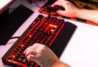Онлайн-игры признали способом «поумнеть»