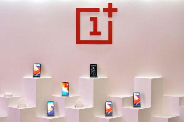 Смартфонам OnePlus 7T/7T Pro приписывают мультикамеру в виде кольцеобразного блока