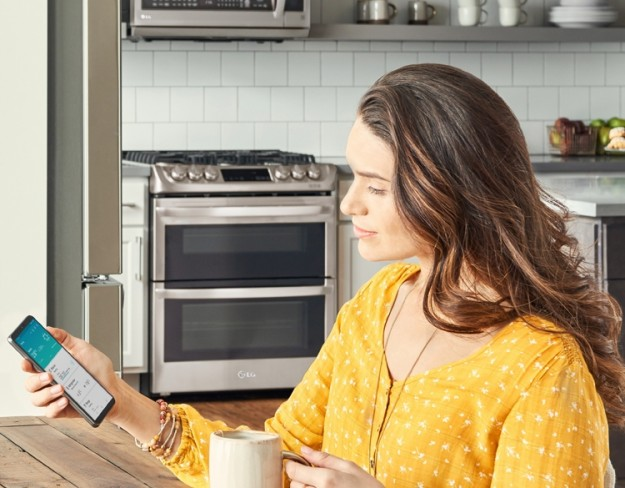 Пользователи смогут взаимодействовать с «умной» техникой LG при помощи голоса