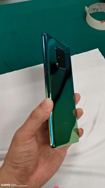 Живые фото и видео Huawei Mate 30 демонстрируют неожиданный дизайн