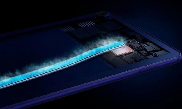 Планшет Huawei MediaPad M6 Turbo Edition оборудован экраном 2K IPS