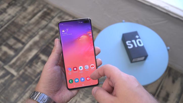 Samsung покажет смартфон Galaxy с графеновой батарей до 2021 года