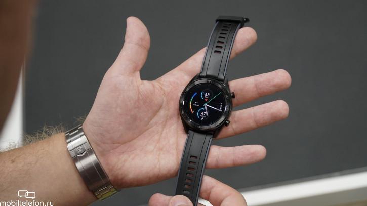 Huawei не покажет смартфон на Harmony OS в 2019 году, но готовит часы