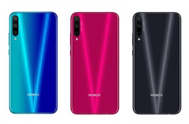 Смартфон Honor Play 3 за 0 оснащён экраном HD+ и тройной камерой