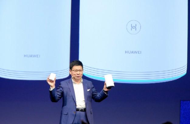 Компания Huawei представила новый роутер Huawei Wi-Fi Q2 Pro  на выставке IFA 2019