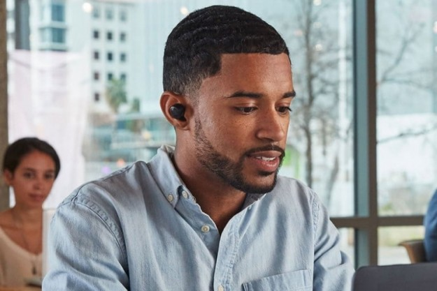 Новые беспроводные наушники Amazon Echo Buds получили поддержку технологии шумоподавления Bose