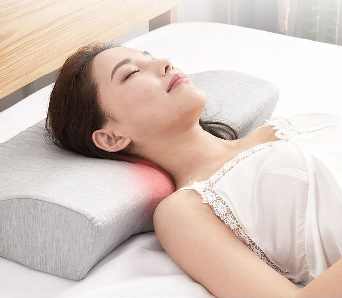 Xiaomi представила умную подушку с массажером и стереодинамики