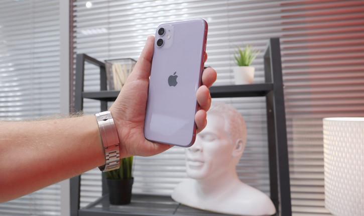 iPhone 11 в желтом прошел тесты на прочность (видео)