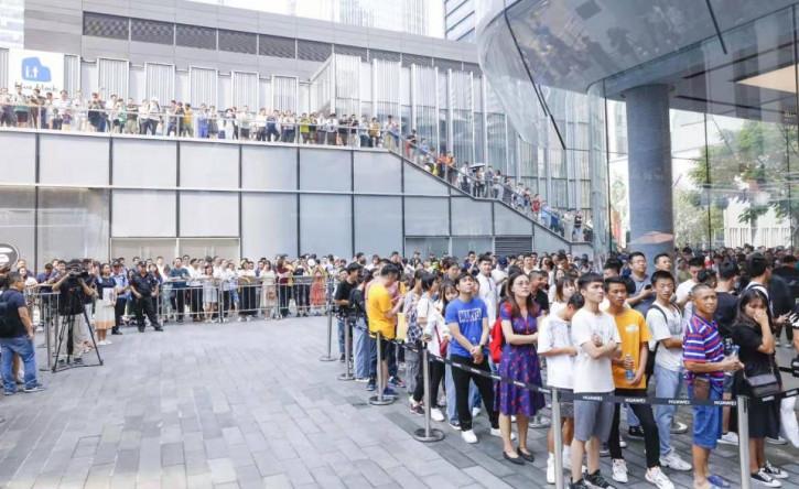 Вопреки всему: Huawei уже продала 1 млн Mate 30 и Mate 30 Pro