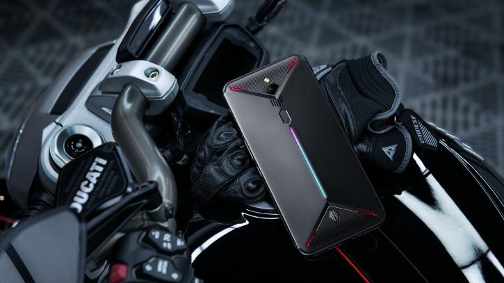 Nubia Red Magic 3 с 8К и вентилятором уже в «Связном» (цена)