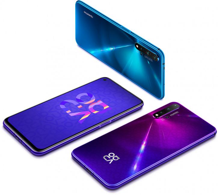 Предзаказ на Huawei Nova 5T с «дыркой» в экране в России