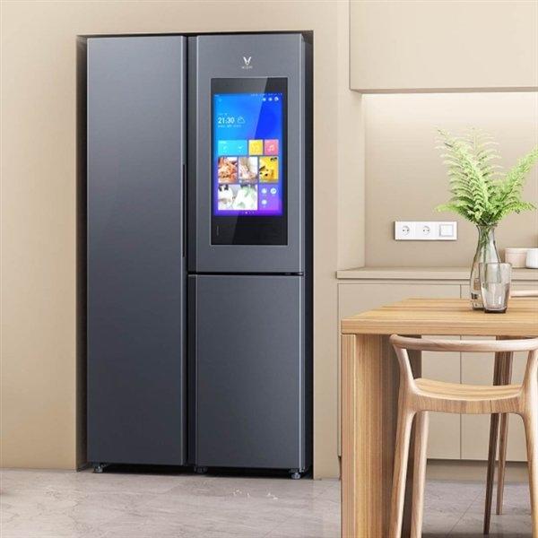 """Xiaomi выпустила холодильник с 21"""" экраном за 800 долларов"""
