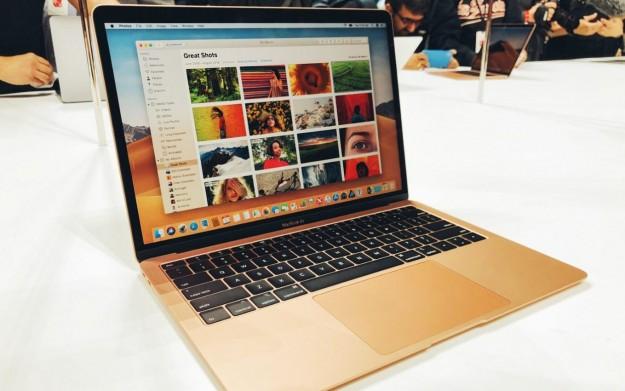 SMARTlife: Какой ноутбук Apple 2019 года купить? MacBook Air или MacBook Pro?!