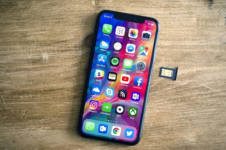 «Алло» начинает продавать iPhone с поддержкой eSIM от lifecell