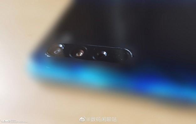 Квадрокамера и рекорд AnTuTu. Xiaomi Mi 10 впервые позирует на живых фото