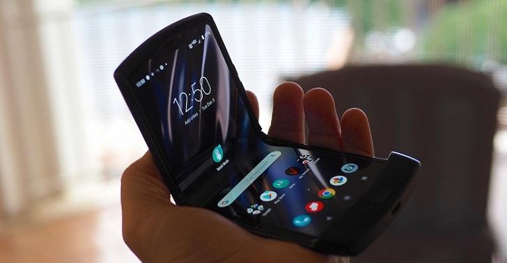 Стала известна дата старта продаж Motorola RAZR 2019