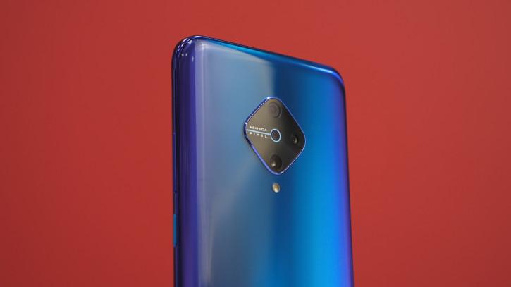 Обзор Vivo V17: самый красивый смартфон с четверной камерой
