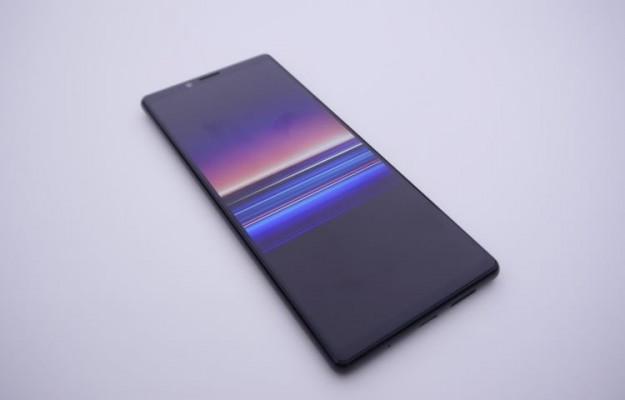 Флагманский смартфон Sony получит аккумулятор на 4400 мАч