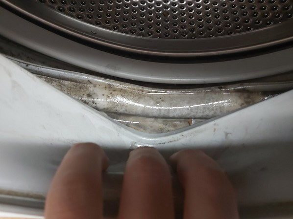 Что делать, если стиралка потекла?