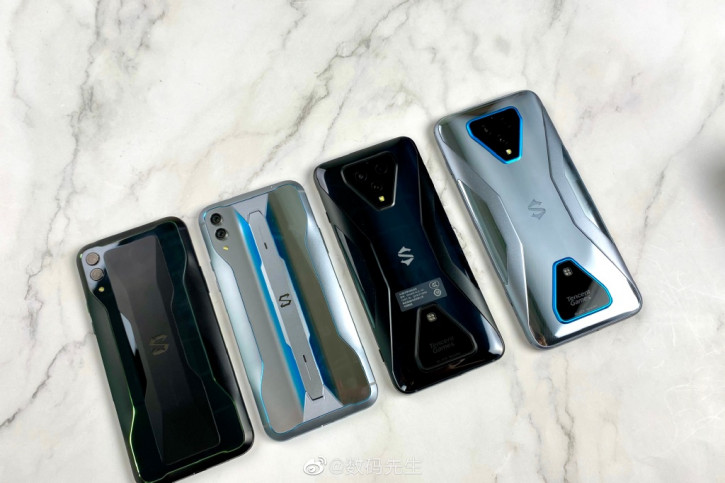 Распаковка Xiaomi Black Shark 3 и сравнение с Black Shark 3 Pro