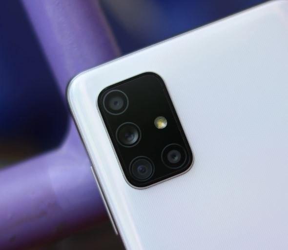 Самые популярные смартфоны Samsung могут получить оптическую стабилизацию