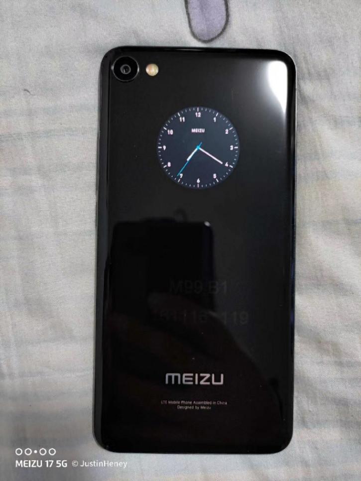 Отменённый двухэкранный смартфон Meizu снова показался на живом фото