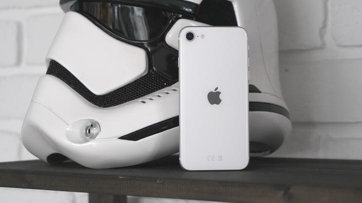 iPhone SE 2020 и как я играл в Call of Duty Mobile