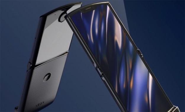 Оба дисплея новой версии Motorola razr вырастут в размерах