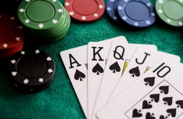 SMARTlife: Собрать Флеш Рояль трудно, но им это удалось! Покерные комбинации