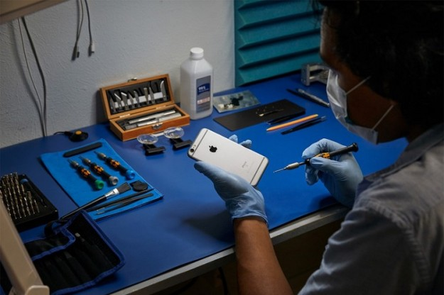 Apple позволила ремонтировать свои устройства сторонним сервисным центрам в Канаде и Европе