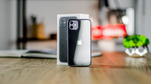 Samsung Galaxy S10 продается лучше, чем Galaxy S20, а Apple захватила более половины рынка смартфонов Канады