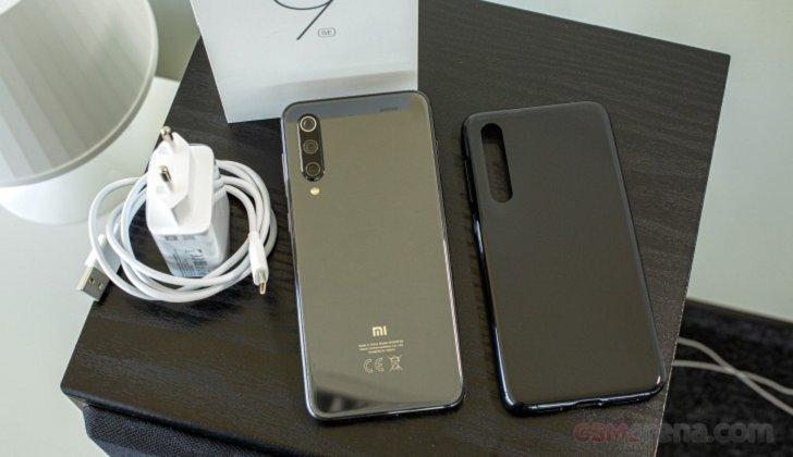 Xiaomi Mi 9 SE получил европейскую и глобальную прошивку MIUI 12 Stable ROM
