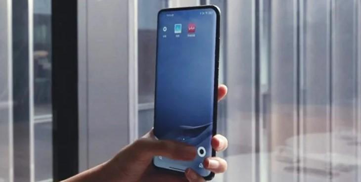 Xiaomi показала подэкранную камеру третьего поколения