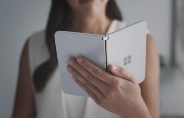 Microsoft уже работает над складным Android-смартфоном следующего поколения