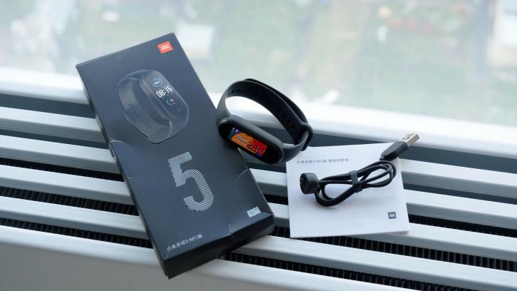 Обзор Xiaomi Mi Band 5 с NFC: лучший браслет стал еще лучше?