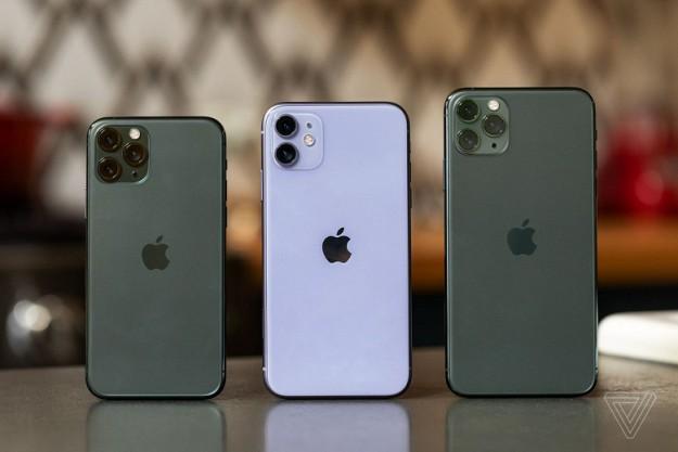 Apple заказала 20 млн старых iPhone, чтобы компенсировать нехватку iPhone 12