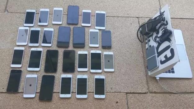 26 iPhone одновременно взломали удаленно через Wi-Fi