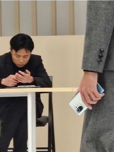 Xiaomi Mi 11 на реальных фотографий во всей красе
