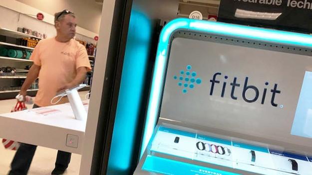 Евросоюз разрешил Google поглотить за $2,1 млрд компанию Fitbit, но есть нюансы