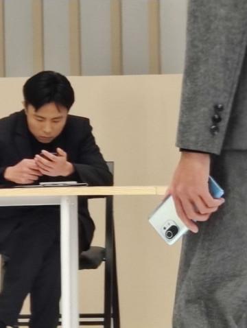 Дизайн подтвержден? Xiaomi Mi 11 на серии живых фото
