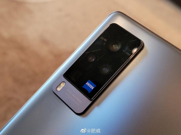 Распаковка и живые фото Vivo X60 Pro с Origin OS
