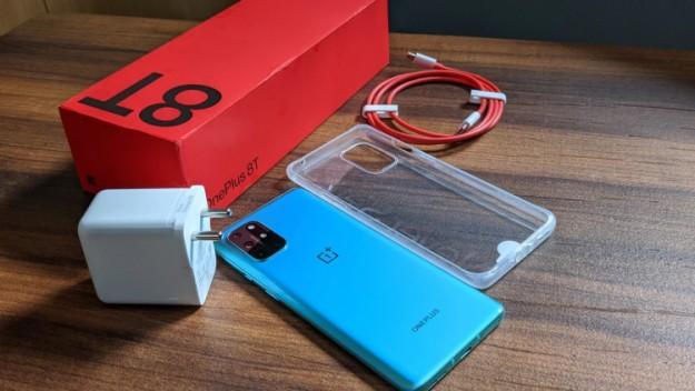 OnePlus стал единственным брендом смартфонов в США, продажи которого выросли в пандемию